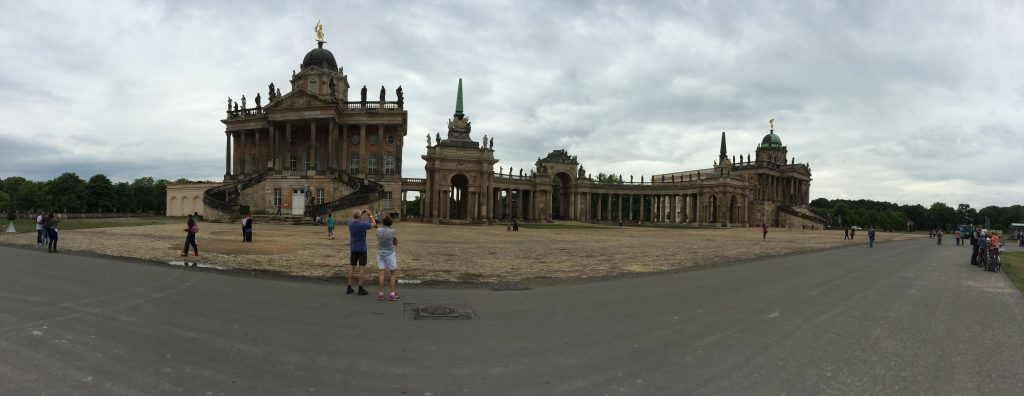 Potsdam - Park Sanssouci - Palais